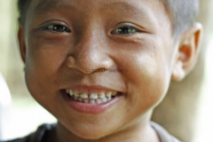 ae13-hill-tribe-child-laos