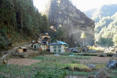 hr103-mountain-farm-nepal